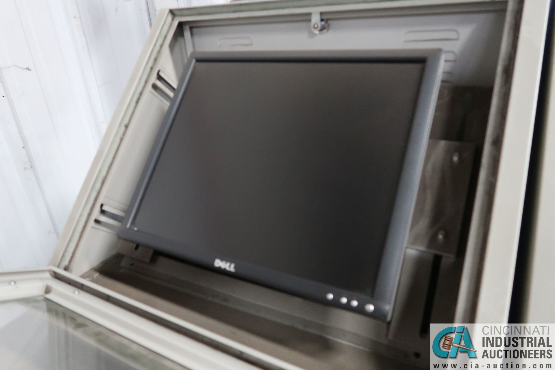 GLOBAL PORTABLE COMPUTER WORKSTATIONS WITH DELL FLAT SCREEN - Image 4 of 5