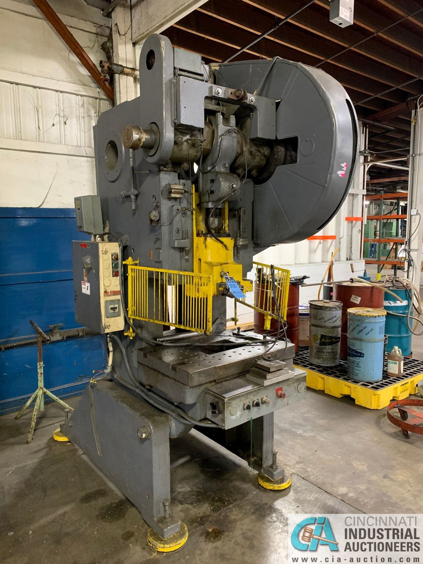 "60 TON BLISS C60 OBI PRESS; S/N N/A (1963), 3"" ADJ., 4"" STROKE, 14.25"" SHUT HEIGHT, AIR CLUTCH"