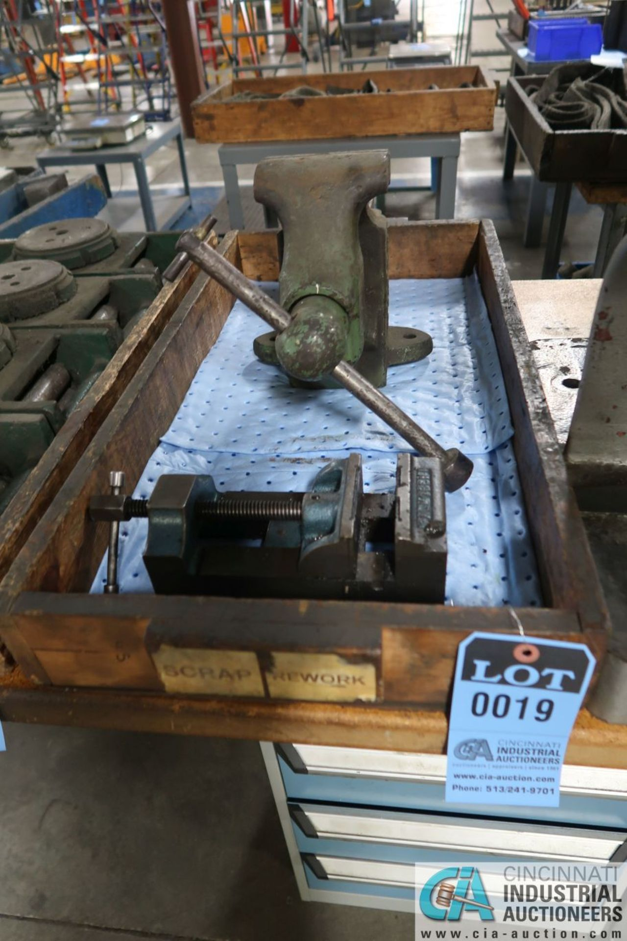 """5"""" REED BENCH VISE WITH 4"""" PALMGREN DRILL VISE"""