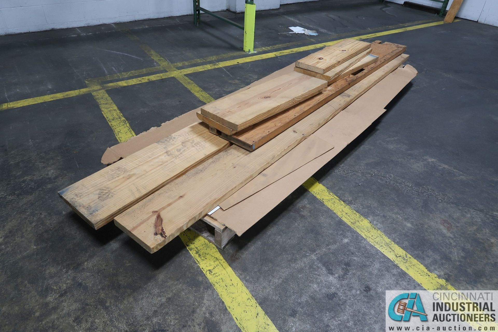 (LOT) MISCELLANEOUS SIZE AND LENGTH CONSTRUCTION LUMBER - Image 4 of 4