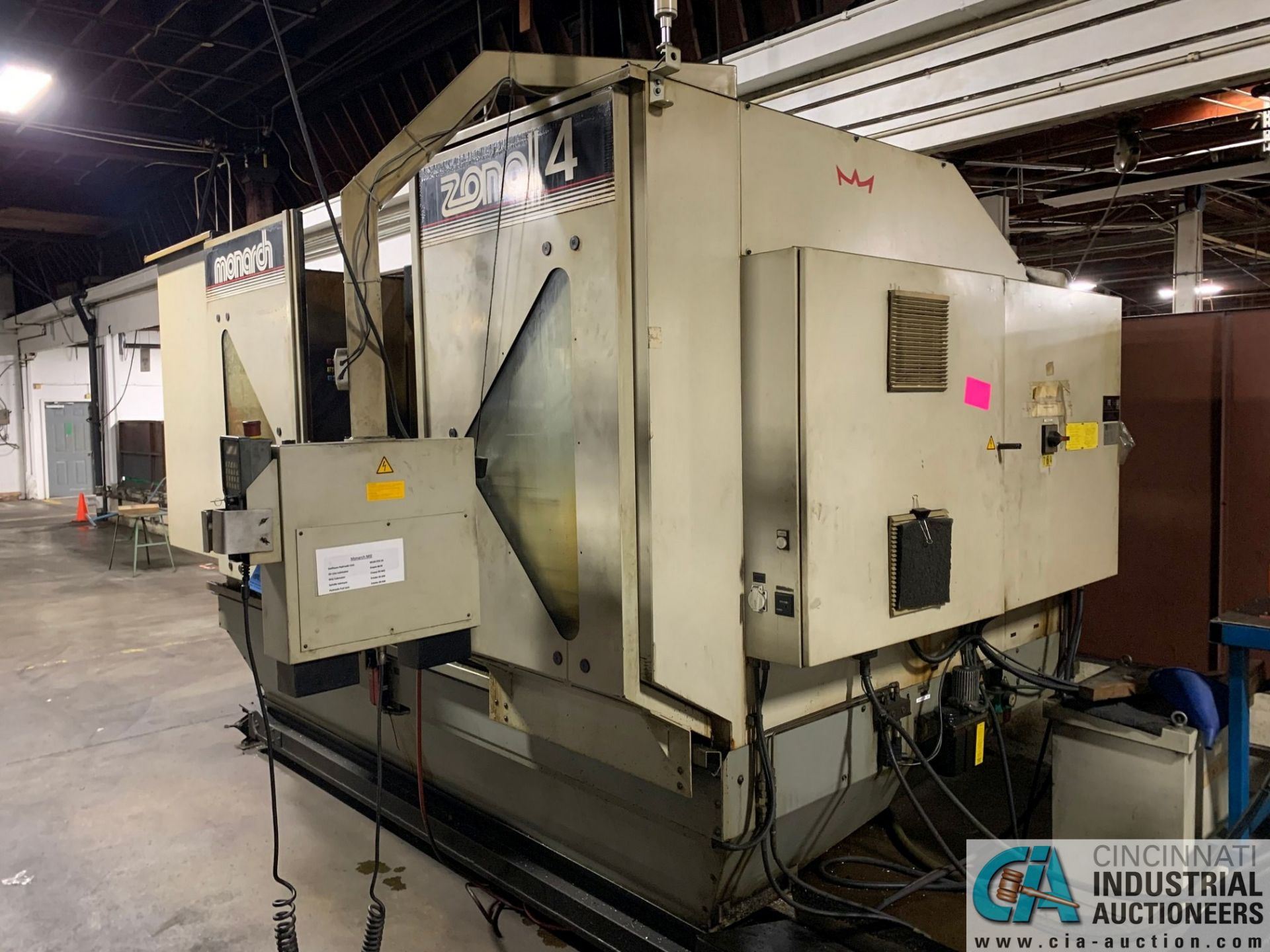 MONARCH UNISIGN TYPE UNIVERS 4 ZONALL 4 CNC VERTICAL MACHINING CENTER; S/N 99Z402, NO. 4292, - Image 5 of 11