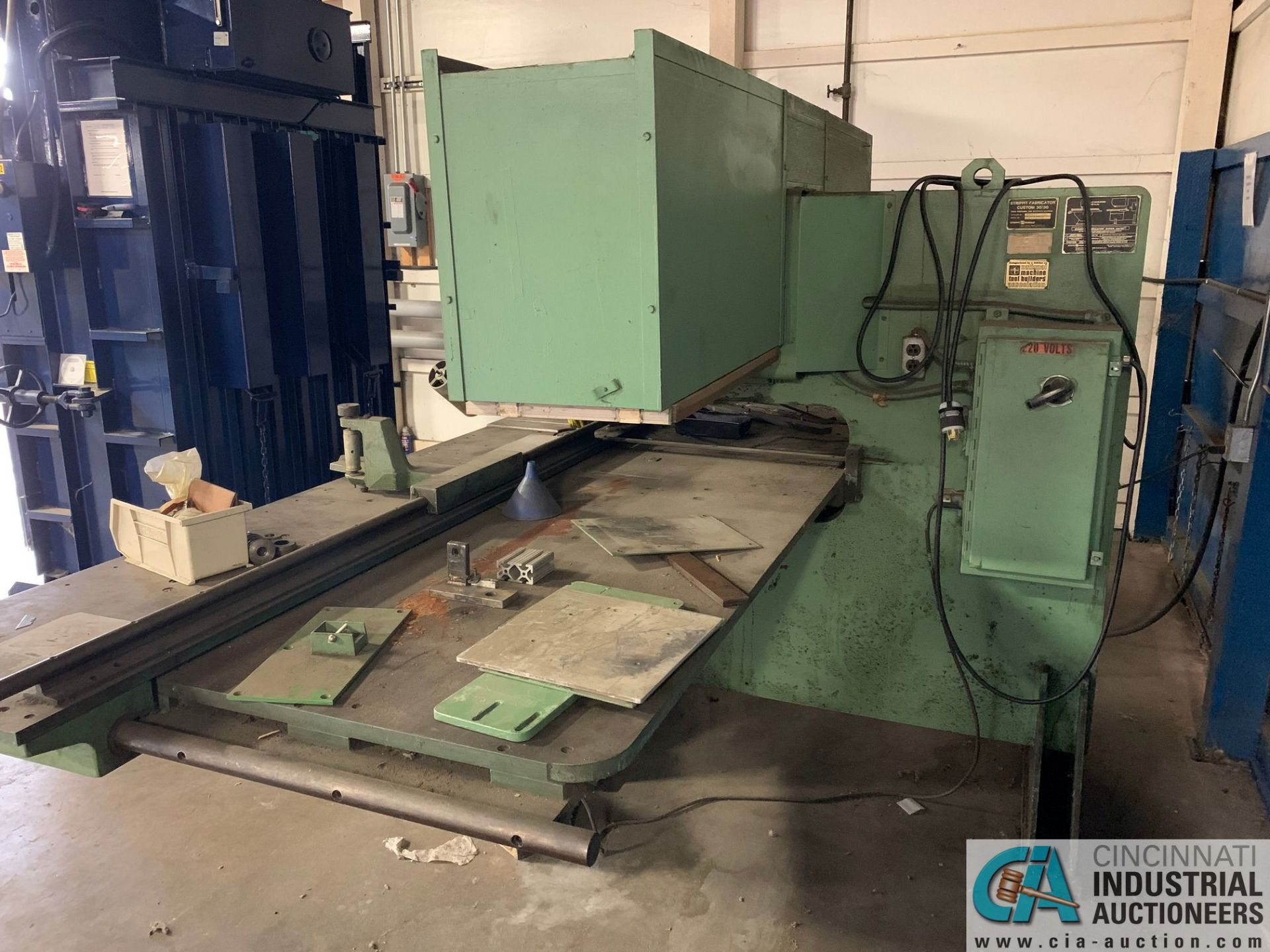 30 TON STRIPPIT FABRICATOR CUSTOM 30/30 SINGLE END PUNCH WITH TOOLING - Image 9 of 9