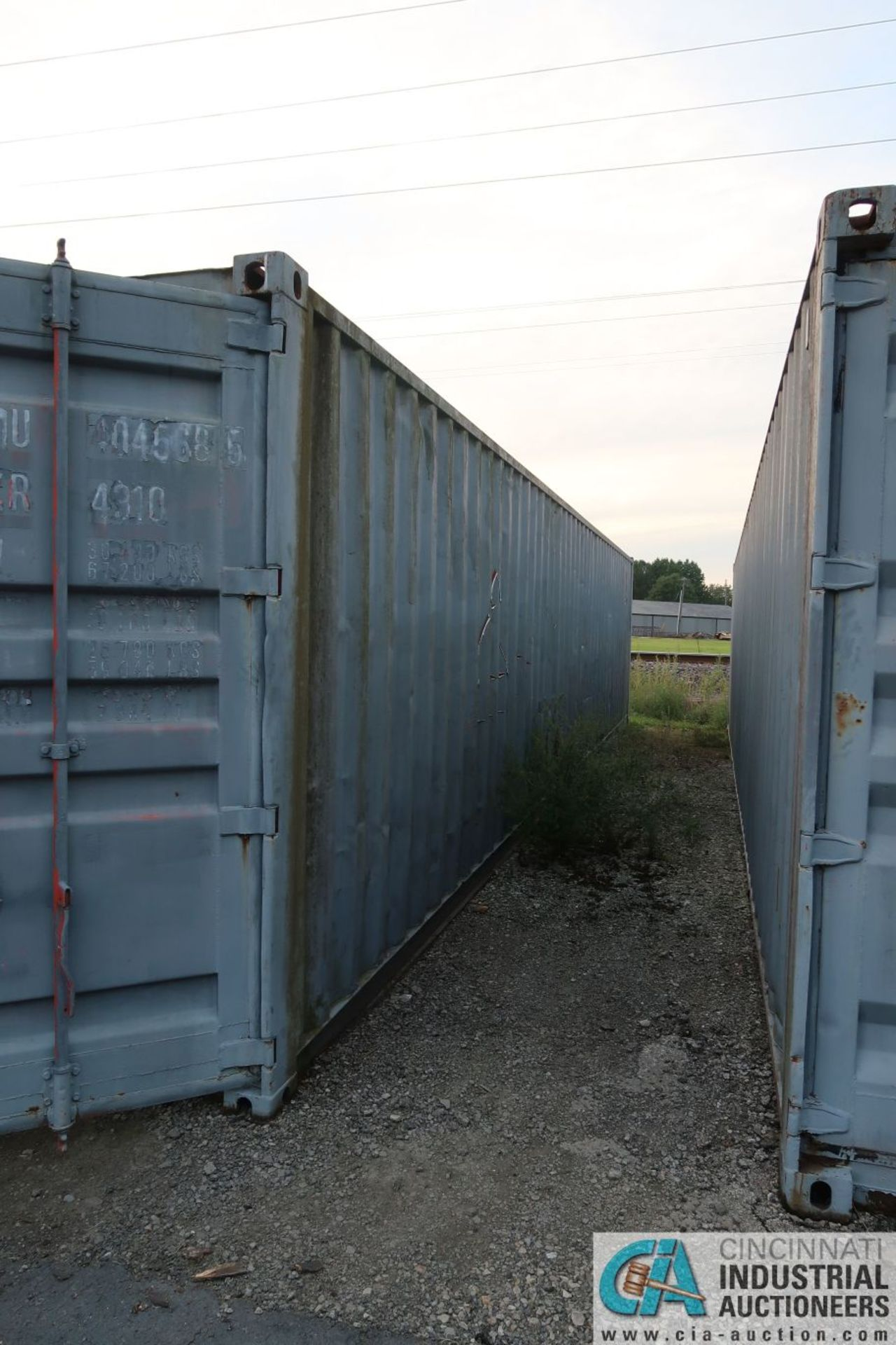40' SHIPPING CONTAINER - Image 3 of 4