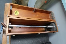 "21"" BROWN AND SHARPE VERNIER HEIGHT GAGE"