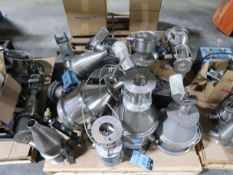 (LOT) MISC. LOADERS & PARTS