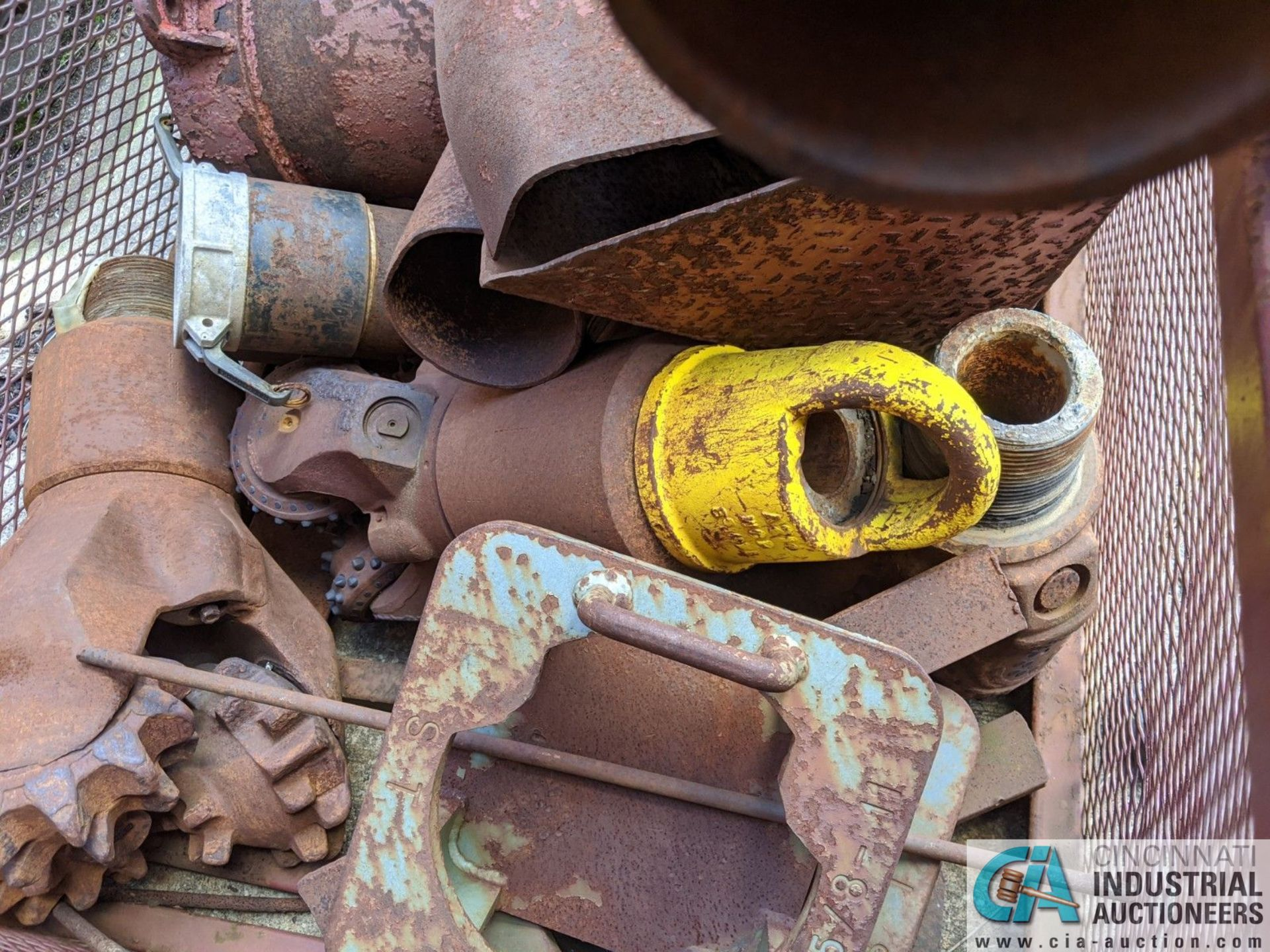 (LOT) USED OIL DRILL BITS ON (2) DRUMS & (2) STEEL CRATES W/ PIPE CAT-OFFS (8635 East Ave., - Image 5 of 5