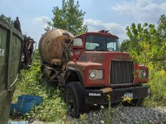 MACK CONCRETE TRUCK **OUT OF SERVICE** PARTS MACHINE ONLY - NO TITLE** **10509 Kinsman Rd., Newbury,