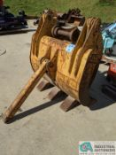 """48"""" WB CLAM-SHELL GRAPPLE (220 Blackbrook Rd., Painsville, OH 44077 - Greg Papis: 440-537-5127)"""