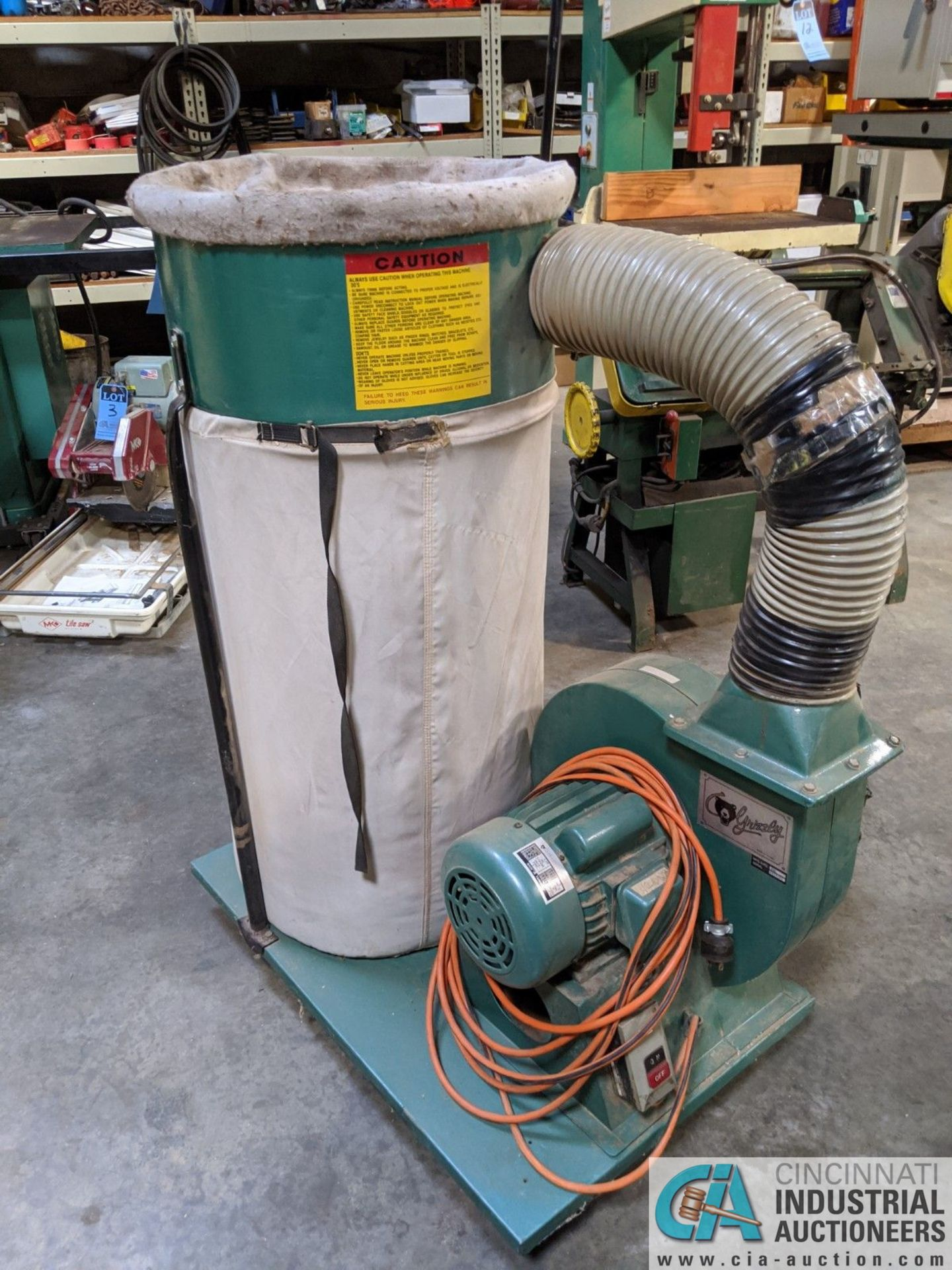 2-HP GRIZZLY PORTABLE DUST COLLECTOR (8635 East Ave., Mentor, OH 44060 - John Magnasum: 440-667- - Image 3 of 5