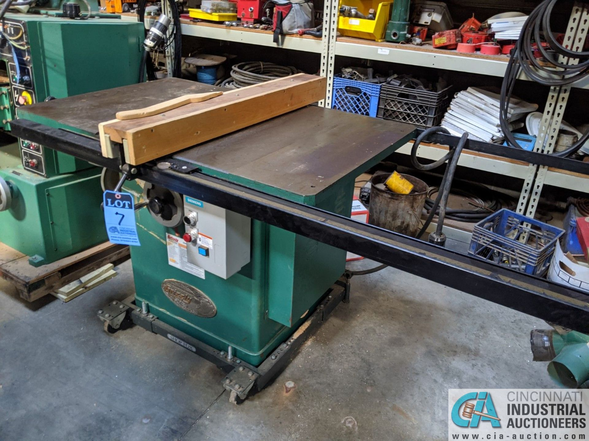 """12"""" GRIZZLY MODEL G5959 TABLE SAW; S/N 20431, 30"""" X 48"""" TABLE, RIP RENCE (8635 East Ave., Mentor, OH"""