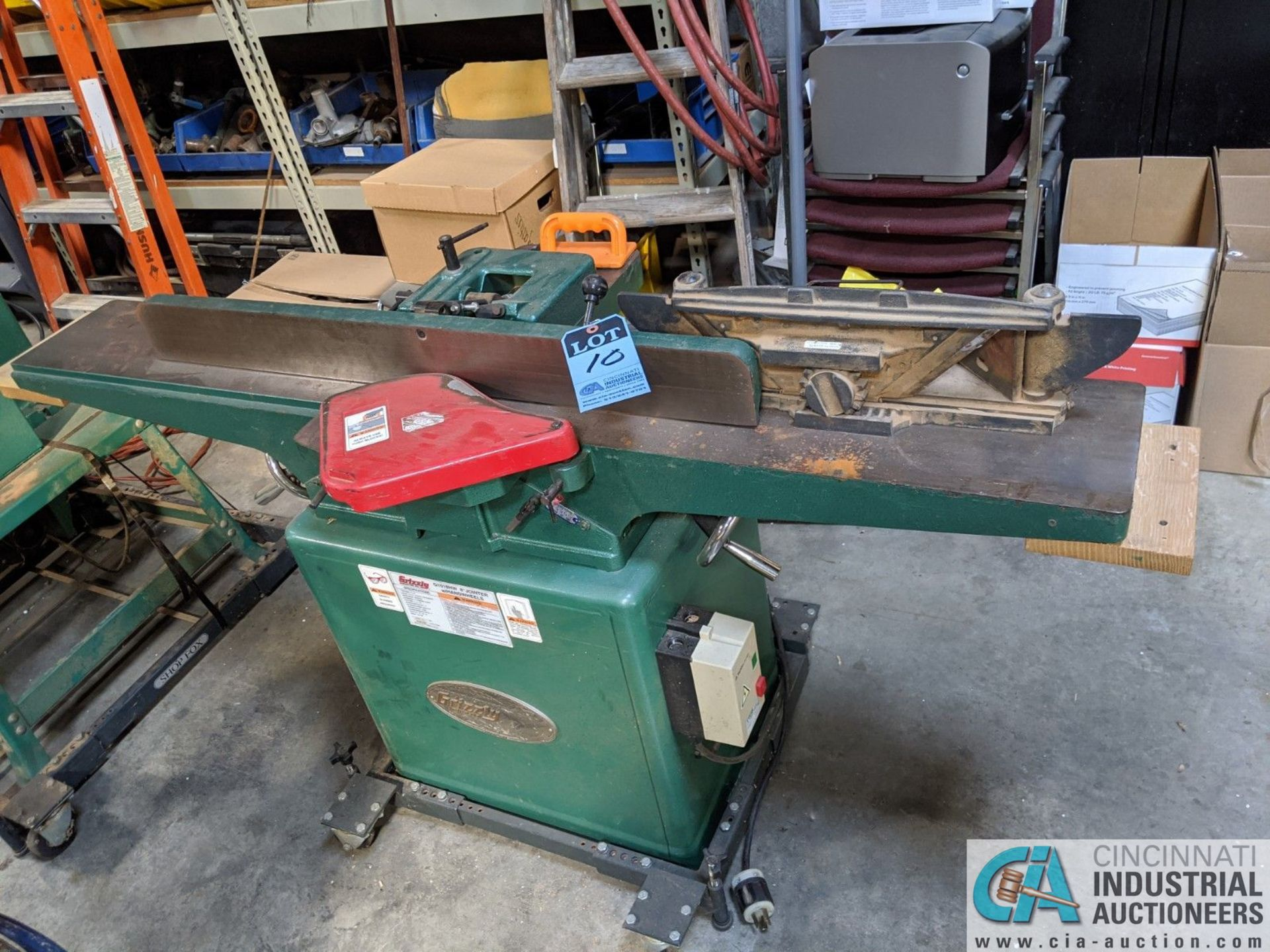 """8"""" GRIZZLY MODEL G1018HW JOINTER; S/N 6388108, 9"""" X 65"""" TABLE (8635 East Ave., Mentor, OH 44060 -"""