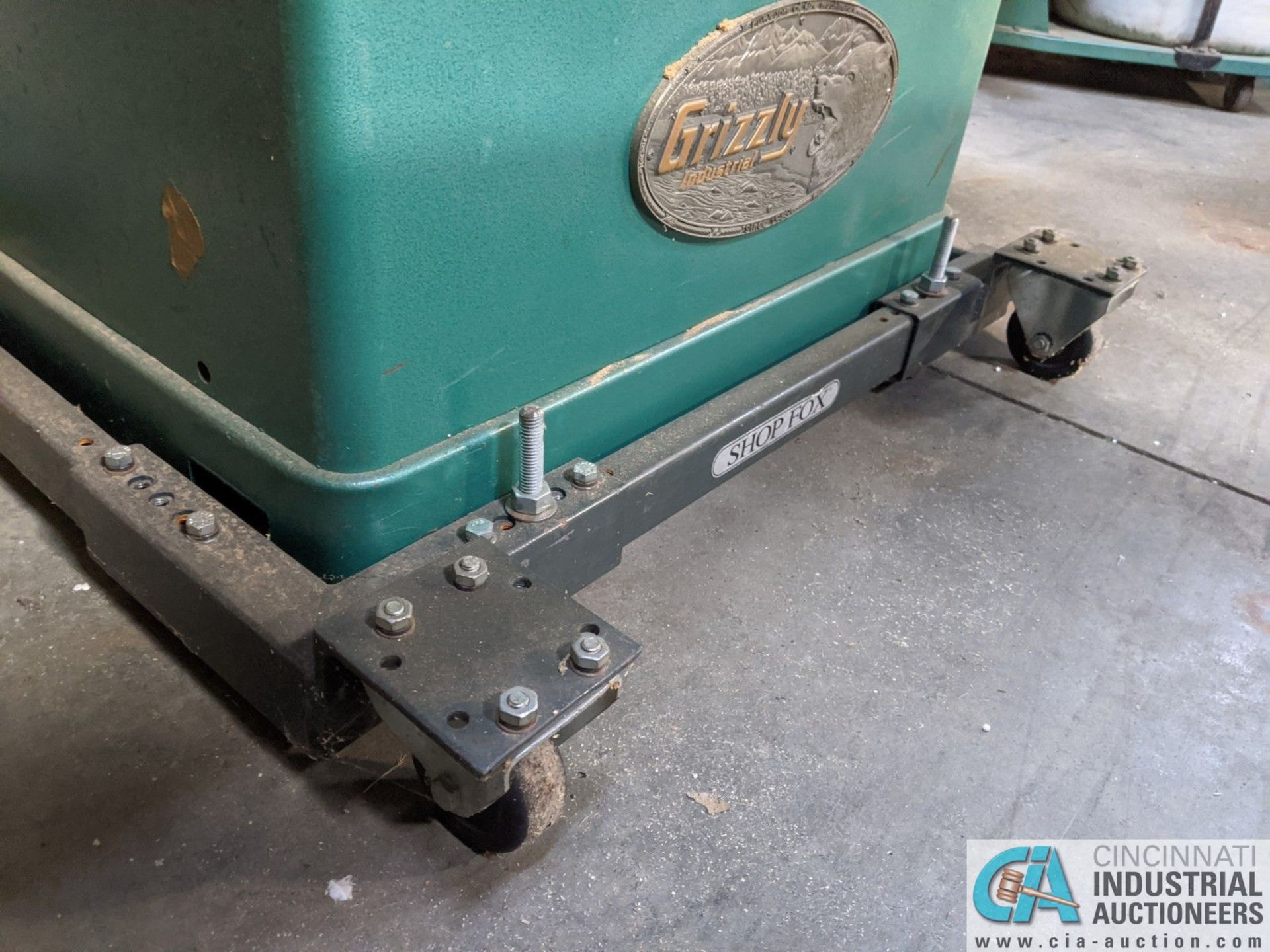 """12"""" GRIZZLY MODEL G5959 TABLE SAW; S/N 20431, 30"""" X 48"""" TABLE, RIP RENCE (8635 East Ave., Mentor, OH - Image 4 of 6"""