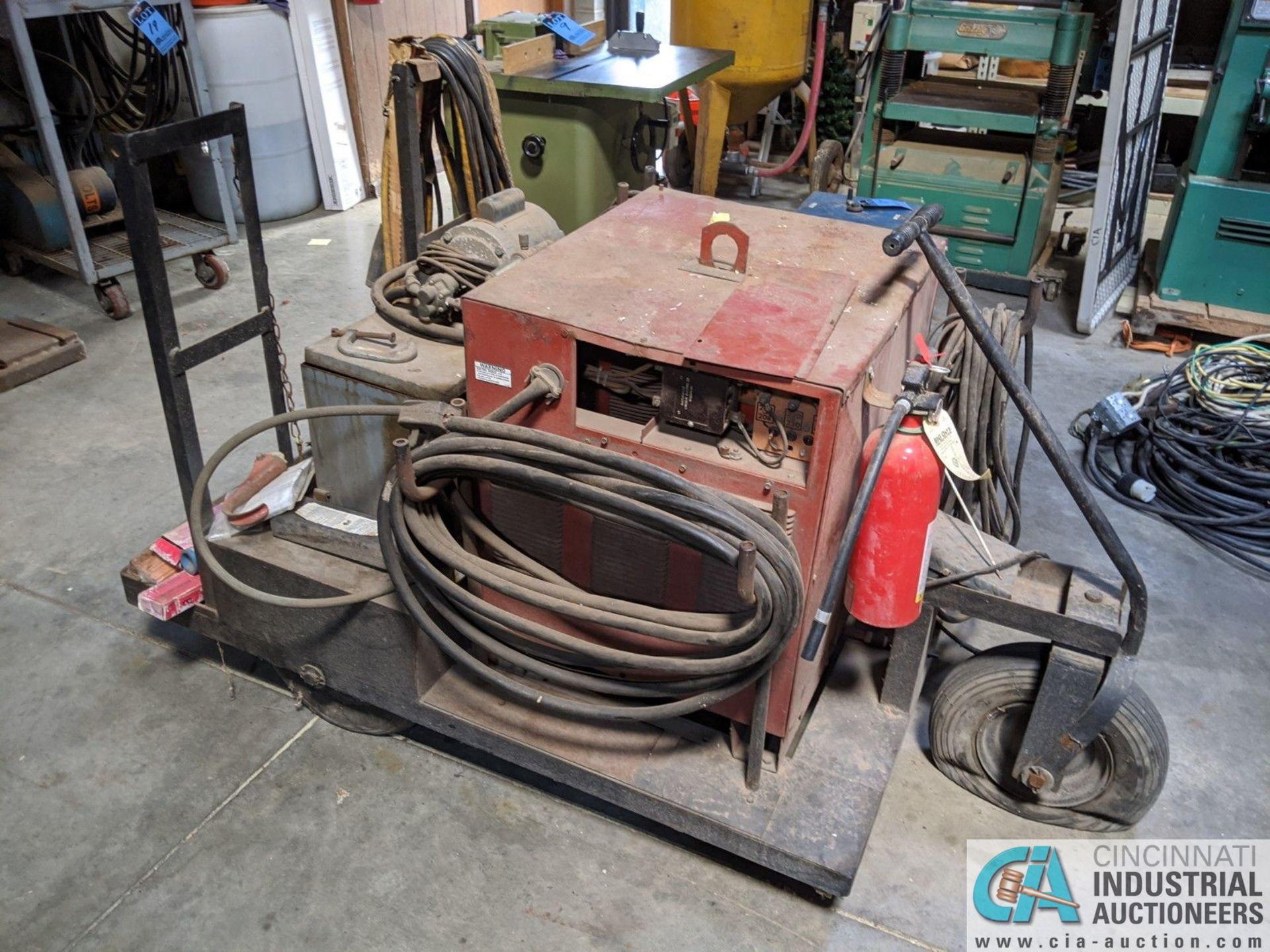 250 AMP LINCOLN MODEL TIG 250/250 WELDER; S/N 533770, MOUNTED ON CART W/ LEADS & AIRCO CHILLER (8635 - Image 2 of 5