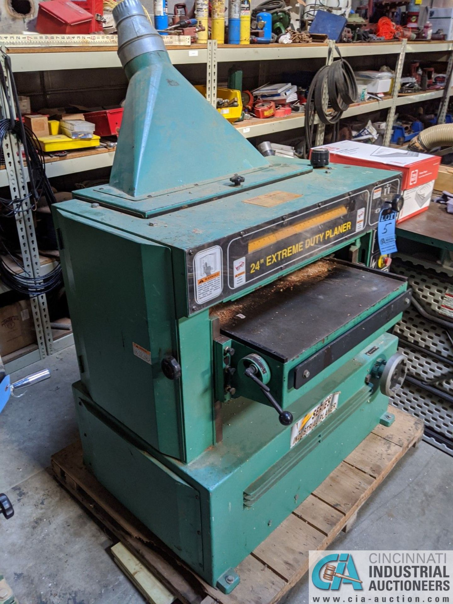 """24"""" GRIZZLY MODEL 24"""" EXTREME DUTY PLANER; SPIRAL CUTTER HEAD, 10-HP CUTTER HEAD, 20 - 40 FPM ( - Image 2 of 7"""