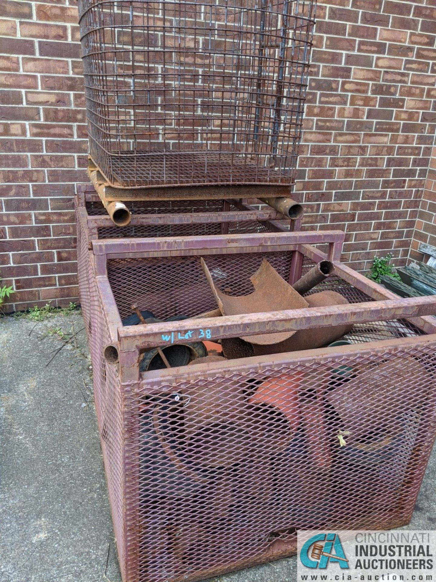 (LOT) USED OIL DRILL BITS ON (2) DRUMS & (2) STEEL CRATES W/ PIPE CAT-OFFS (8635 East Ave., - Image 3 of 5