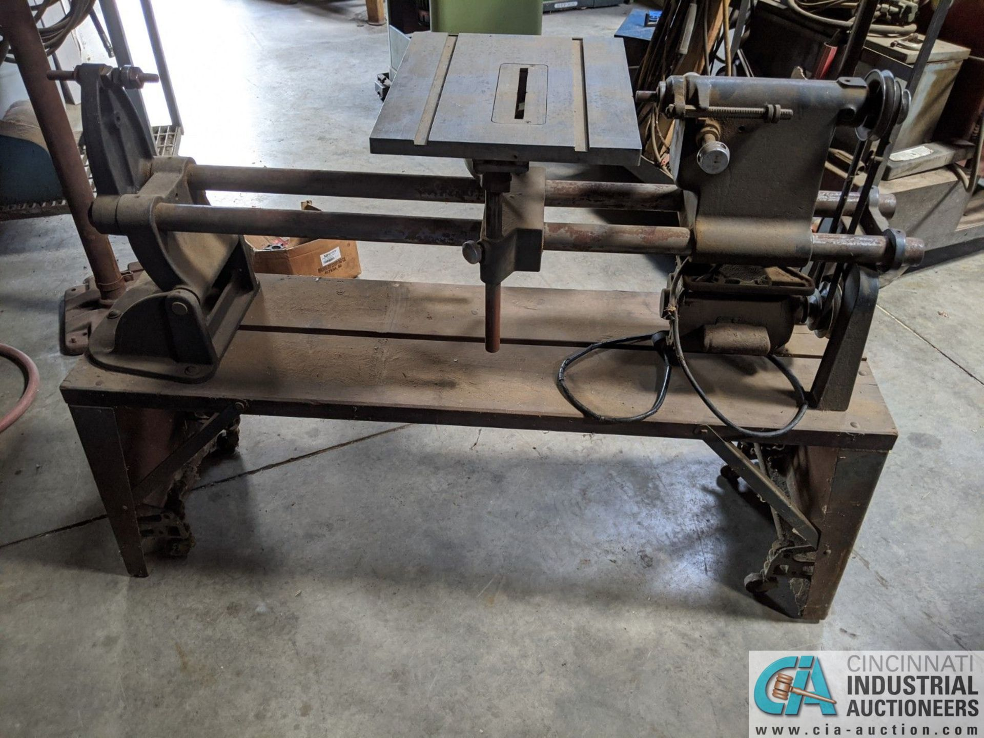 """15"""" SHOP SMITH BELT TYPE WOODWORKING LATHE; S/N E546548, MOUNTED ON PORTABLE BASE (8635 East Ave., - Image 2 of 5"""