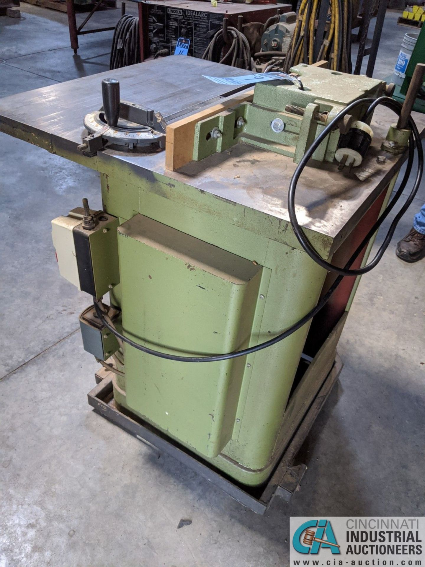 """3-HP GRIZZLY SHAPER; S/N N/A, 3"""" SPINDLE TRAVEL (8635 East Ave., Mentor, OH 44060 - John Magnasum: - Image 4 of 7"""