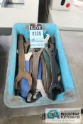 (LOT) TOOLHOLDER WRENCHES
