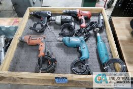 (4) MISCELLANEOUS ELECTRIC PISTOL GRIP DRILLS AND (2) ROTARY CUT-OFF TOOLS