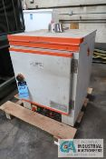 CHICAGO ELECTRIC #46300 ELECTRIC POWDER CURING OVEN, MAX TEMP 480 DEGREE, 110 VOLT