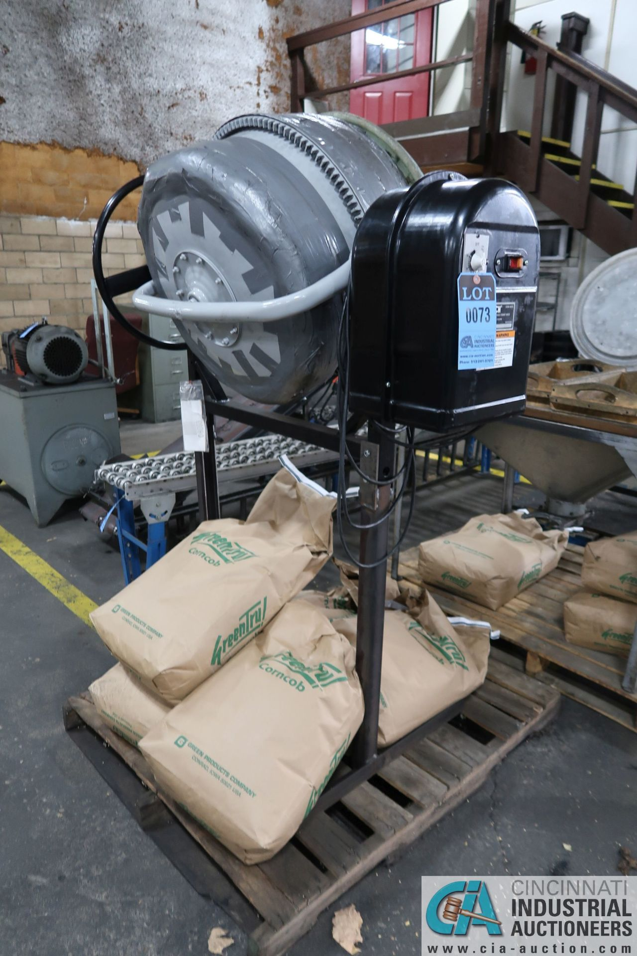 PORTABLE ELECTRIC CEMENT MIXERS CONVERTED TO CORN COB MEDIA FINISHING MACHINE WITH SIFTING TABLE AND - Image 2 of 6