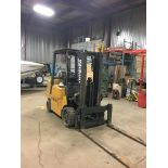 HYSTER PROPANE FORKLIFT, 8000 LBS CAP. (SIDESHIFT NOT FUNCTIONAL, NEEDS A REEL AND 2 HOSES)
