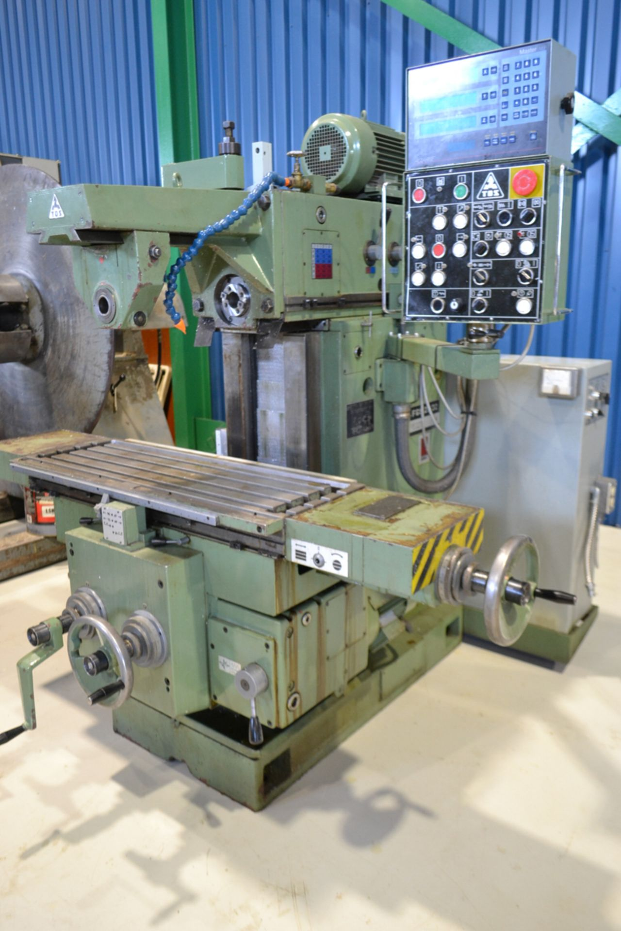 """TOS MILLING (HORZ) MOD. FGS25.32, 15"""" X 39"""" TABLE, S/N: 251300199 - Image 5 of 5"""