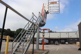 SafeRack truck loading and unloading platform
