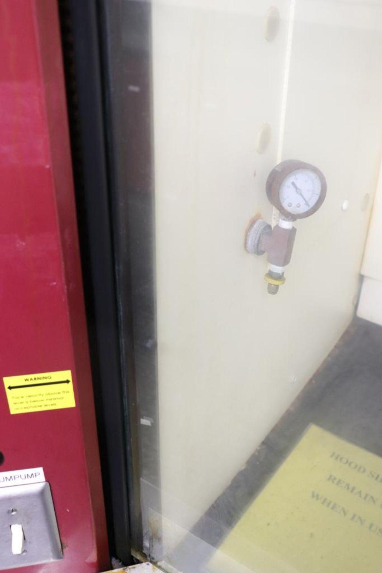 Laboratory exhaust fume hood - Image 4 of 7
