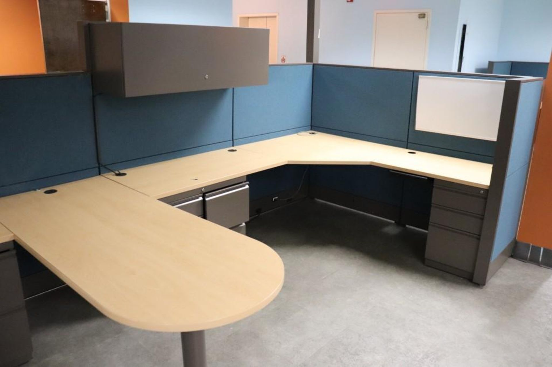 Office cubicle sections - Image 3 of 5