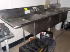 """S/S, 3 Bay Sink, 20""""x20"""" Bays, Drain Boards Left & Right. 9'"""