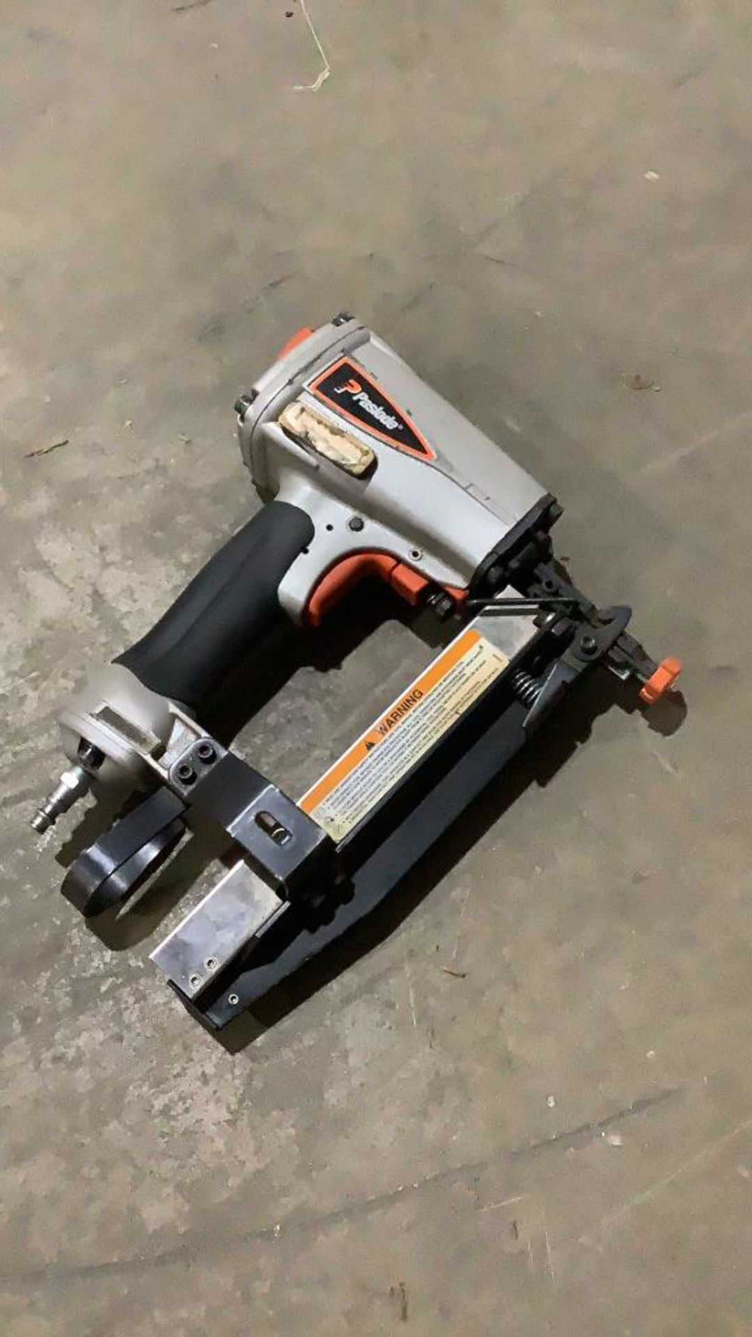Lot 243 - Paslode Pneumatic Finish Nailer T250-F16