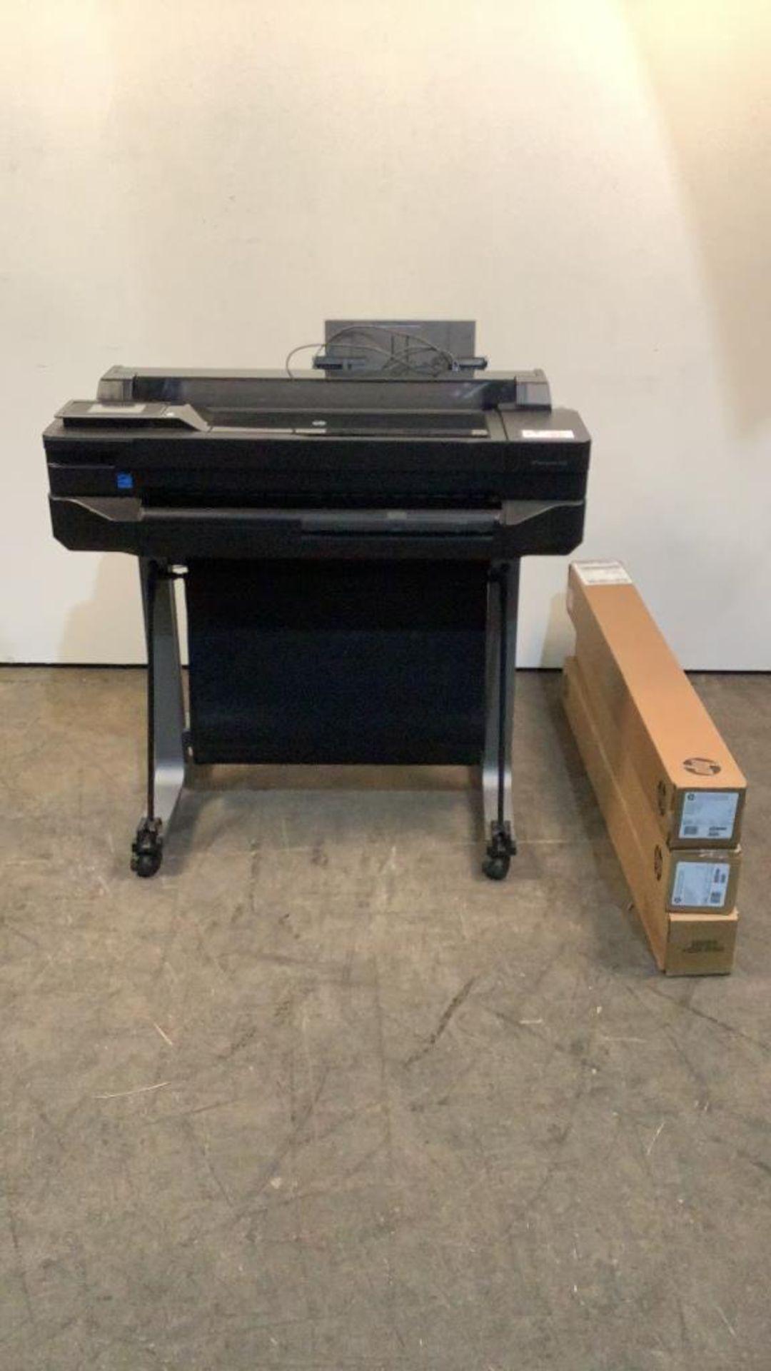 Lot 27 - HP Designjet T520