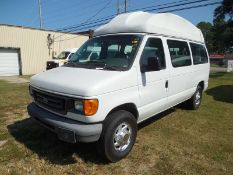 2007 Ford wheel chair van vin# 1FTNE24W87DA04933 - 130,394 miles