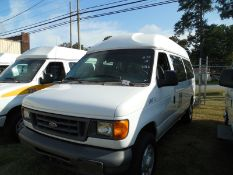 2007 Ford wheel chair van vin# 1FTNE14W37DA61129 - 120,750 miles