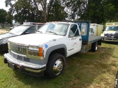 2001 GMC 3500 Diesel Flat bed with lift gate vin# 3GDKC34F41M111788 - 159,445 miles truck was