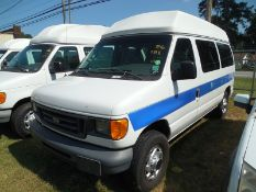 2006 Ford E250 wheel chair van vin# 1FTNE24W06HA87734 - 279,617 miles