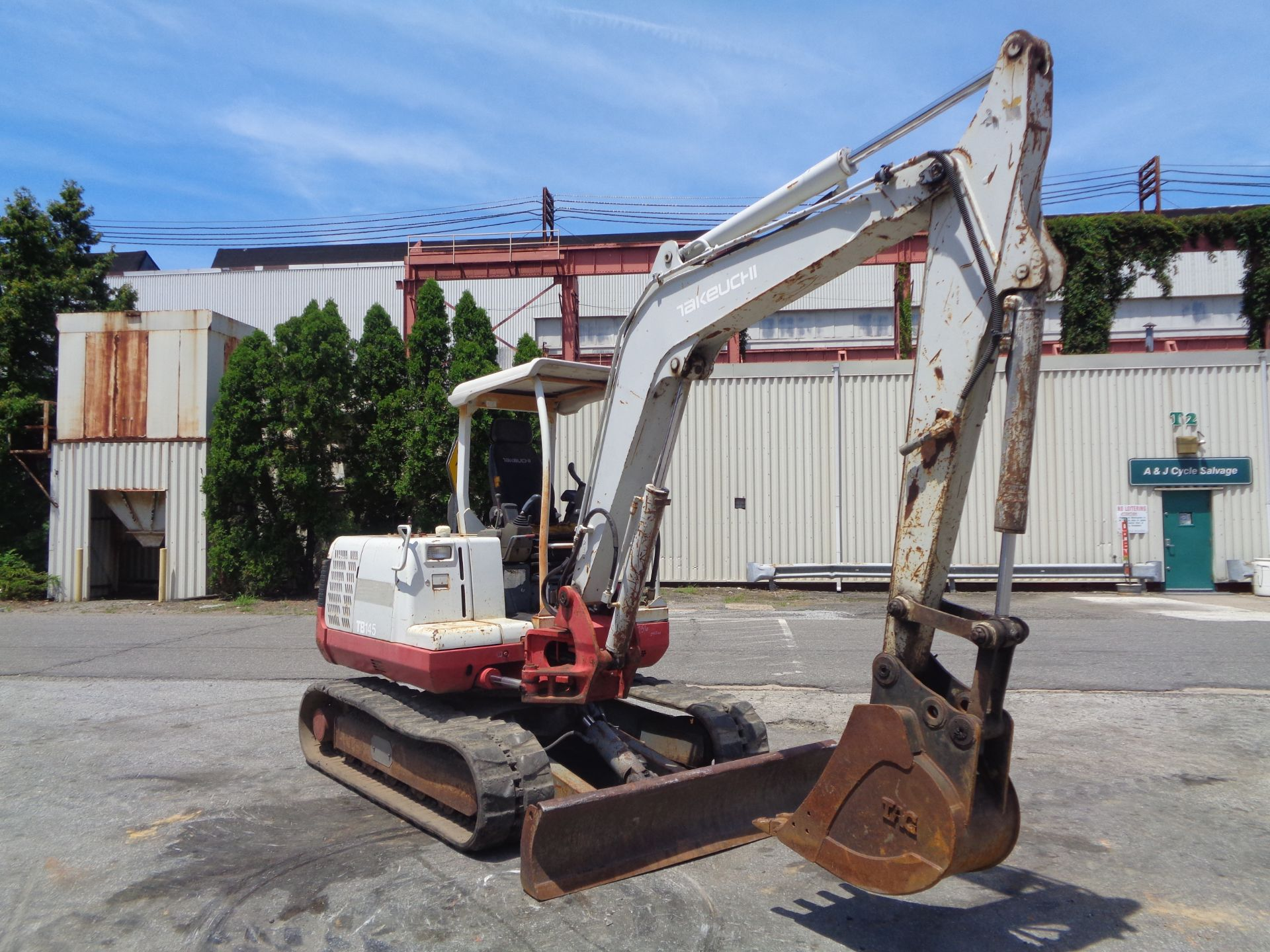 Lot 35 - Takeuchi TB-145 Excavator