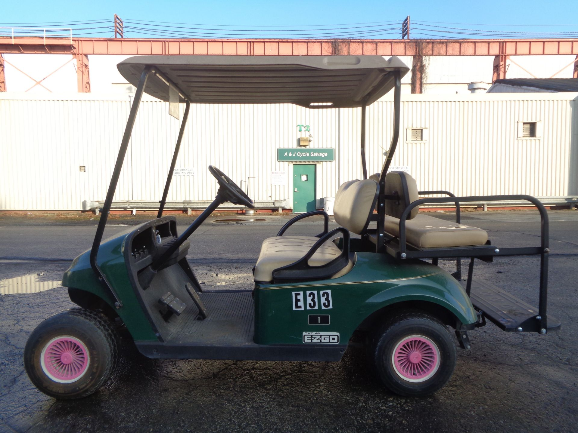 Lot 17B - 2015 EZ Go Electric Golf Cart