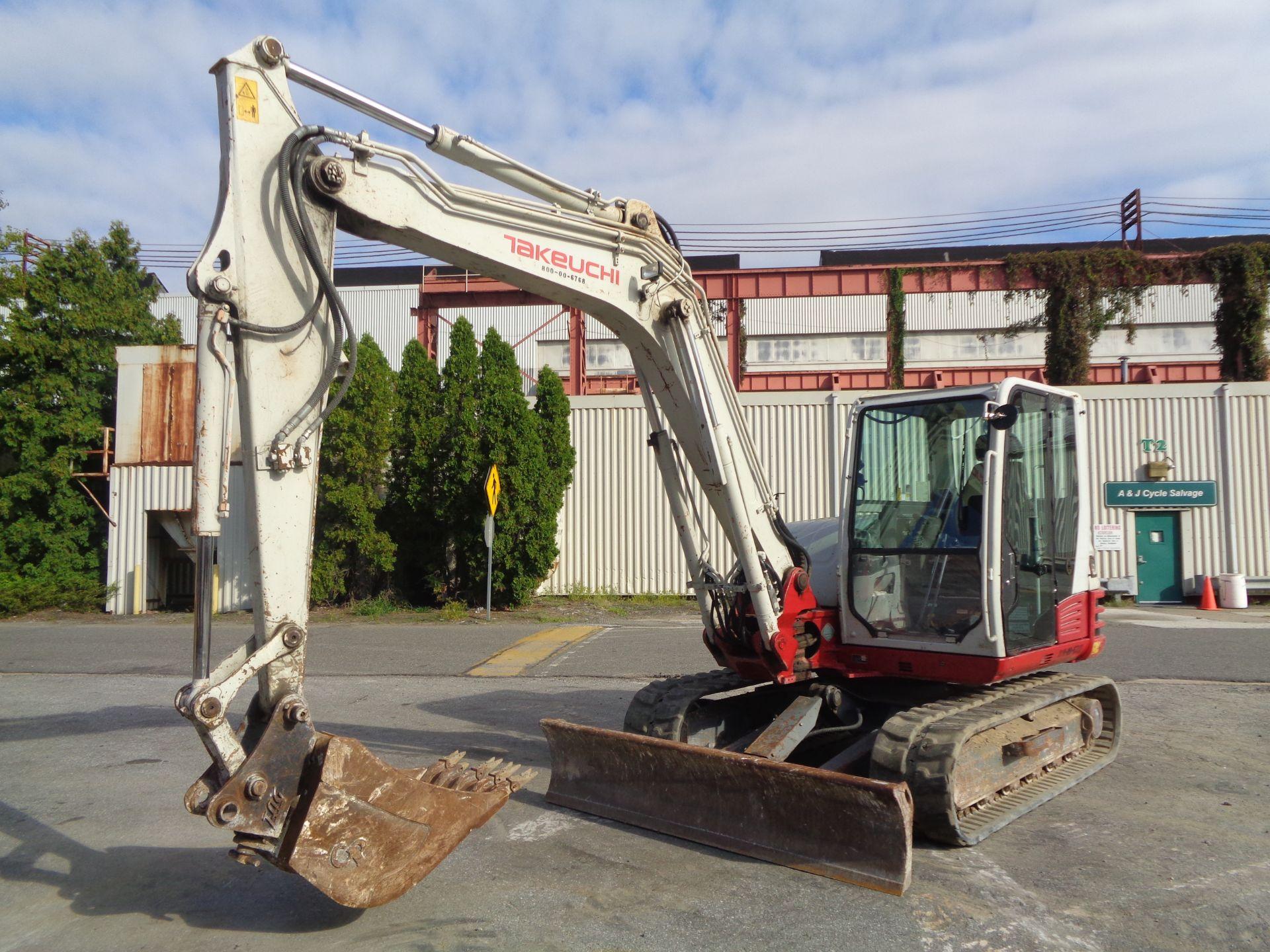 Lot 31 - 2014 Takeuchi TB285 Excavator