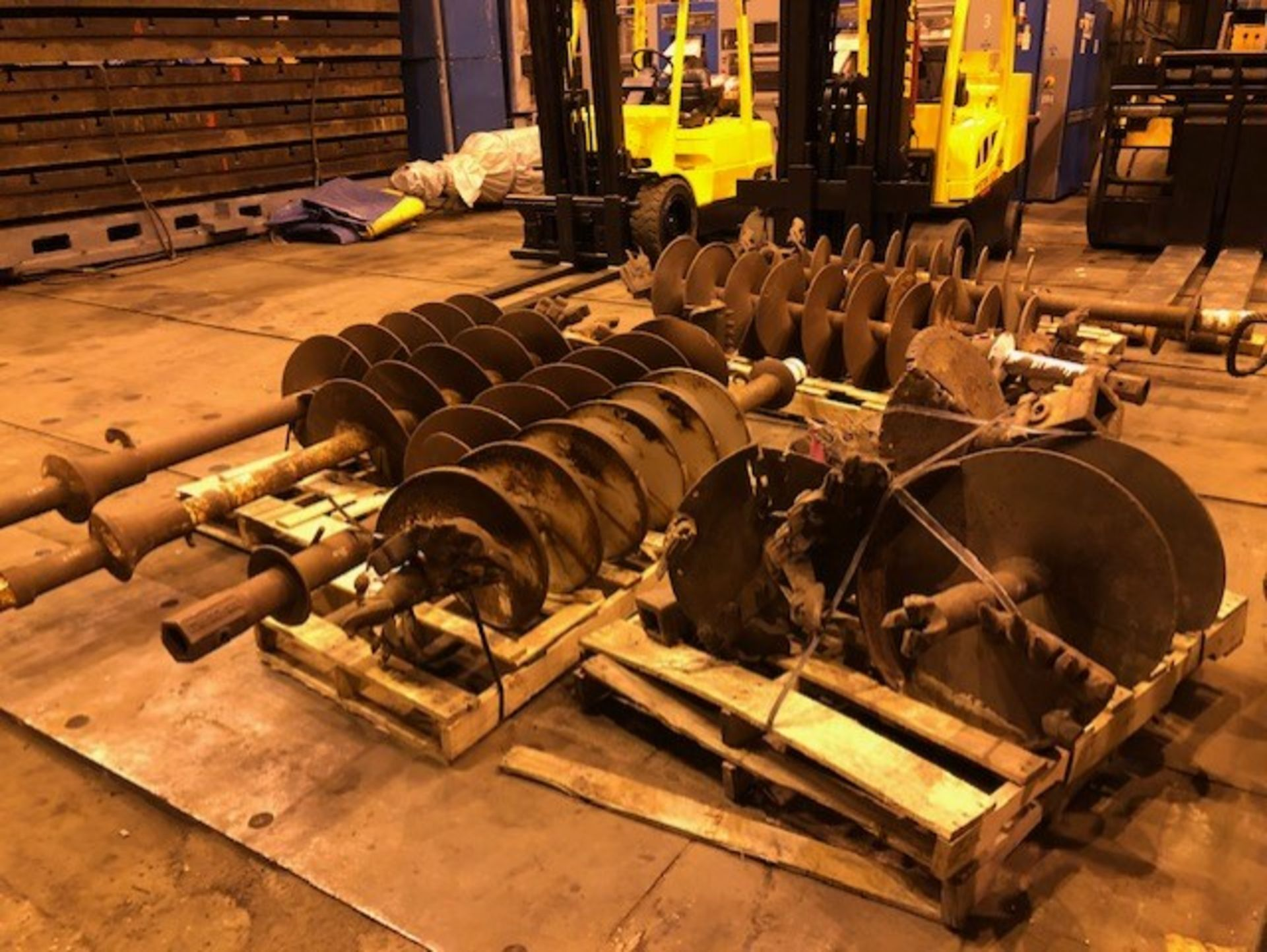 Lot 5 - Huge Lot of Drill Augers Bits Digger Derrick