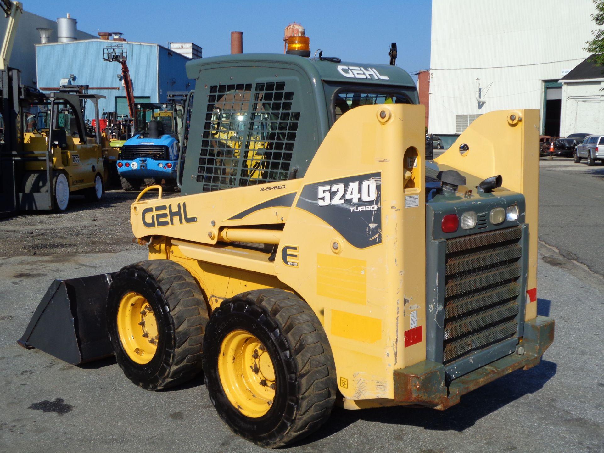 Lot 41 - 2010 Gehl 5240 Turbo Skid Steer