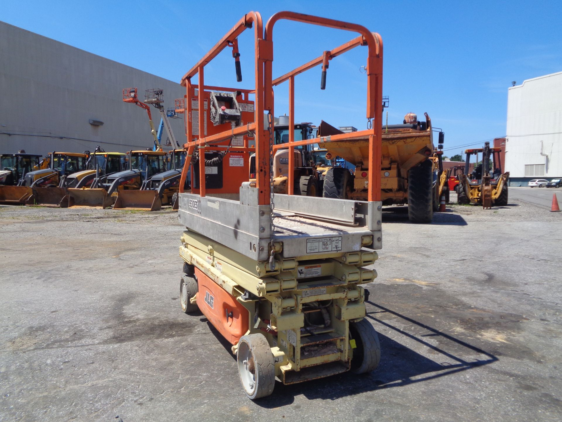 Lot 37b - 2006 JLG 1930ES Scissor Lift