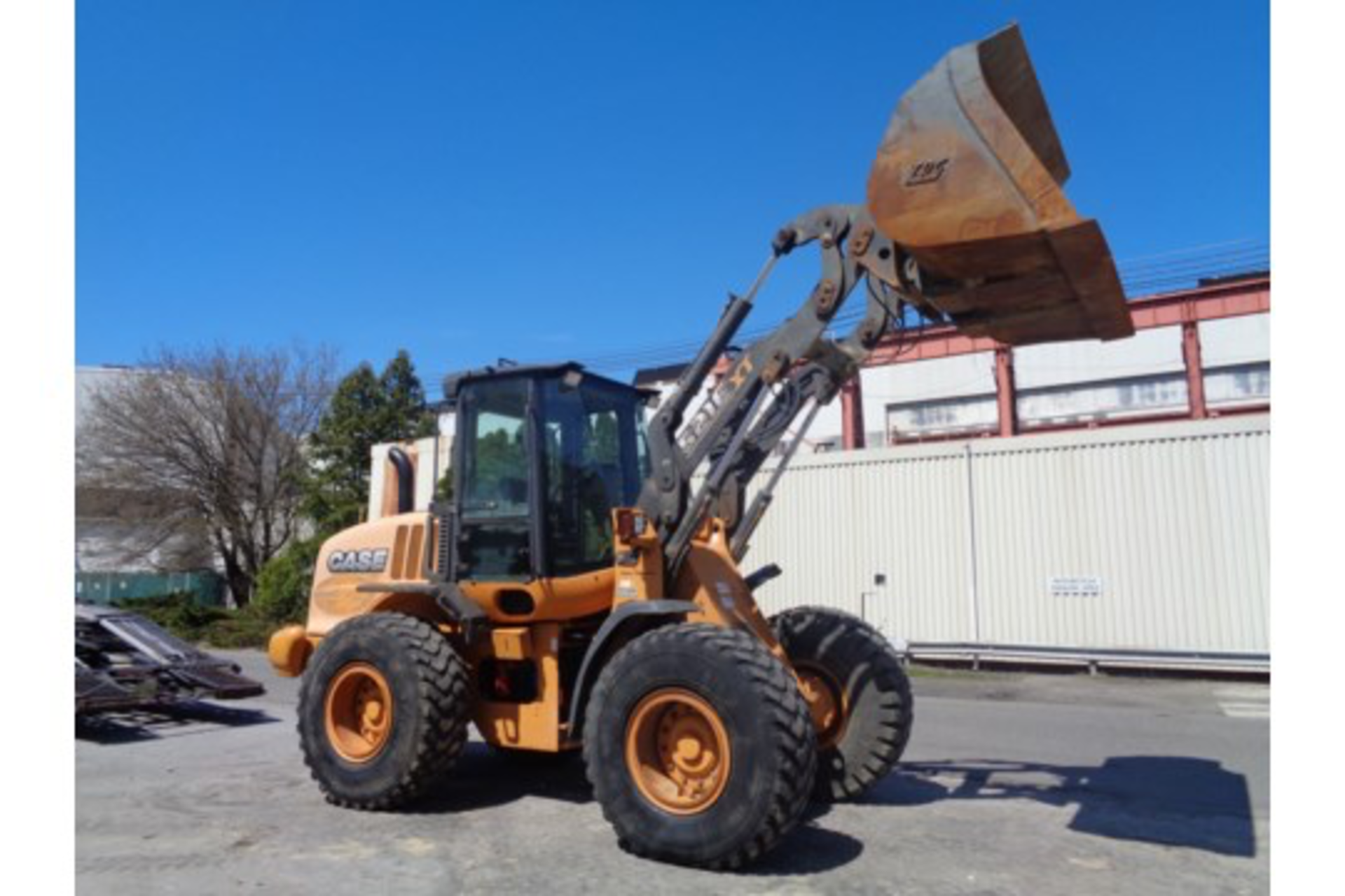 Lot 33 - 2013 Case 512E Wheel Loader