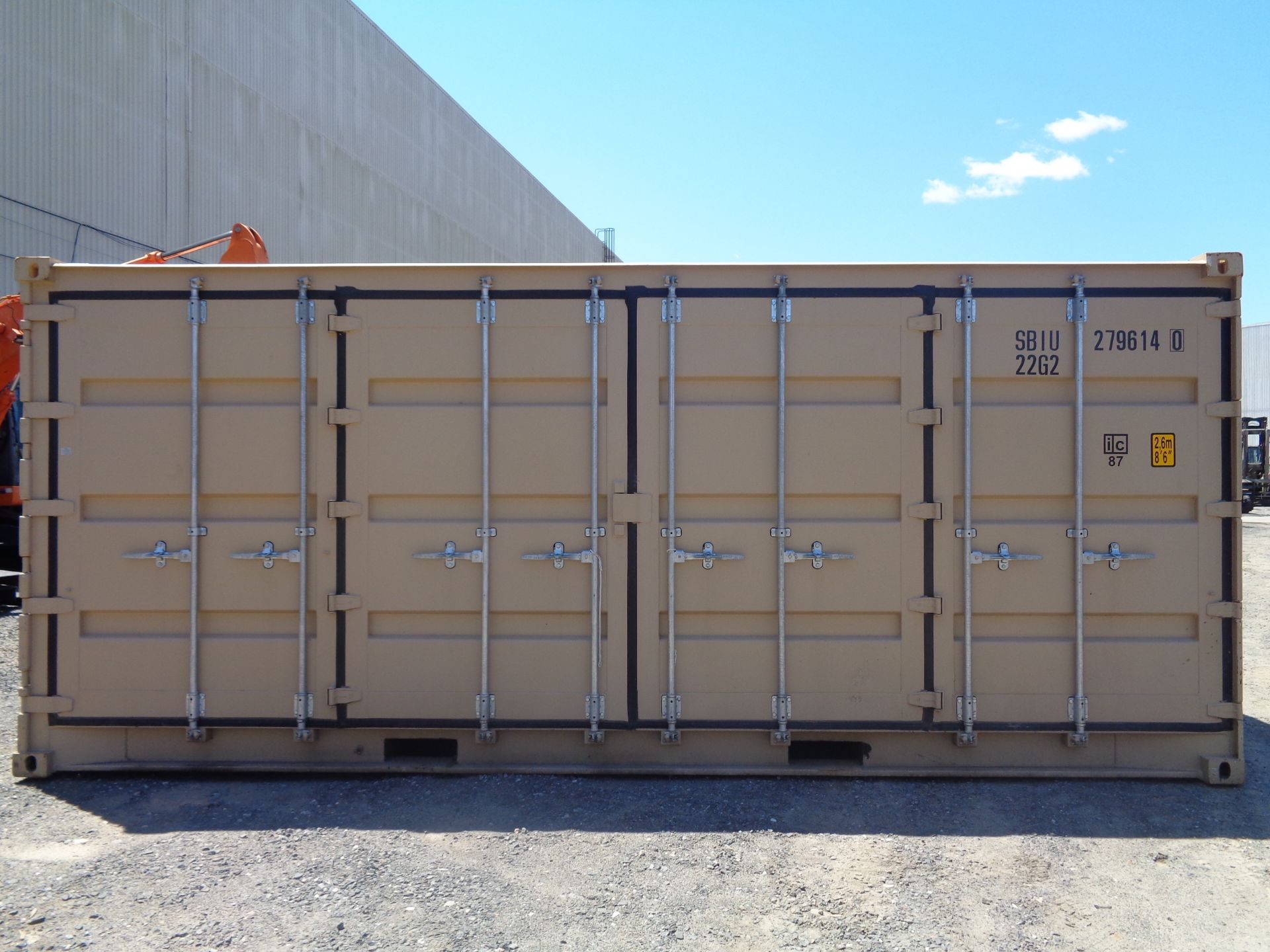 Lot 44 - 20ft Shipping Container