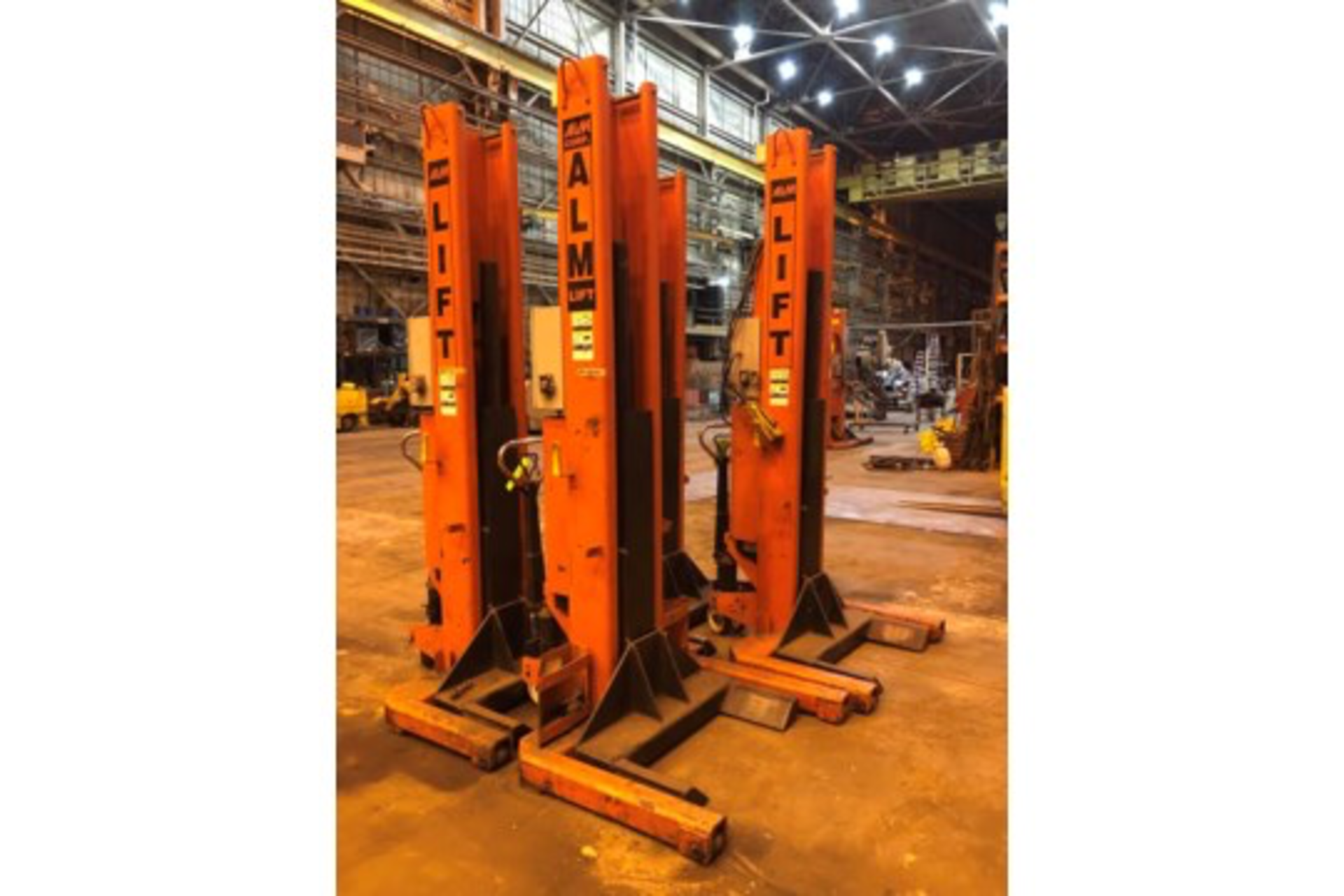 Lot 13 - Lot of 4 ALM Portable Truck Jacks 18,000 lbs cap