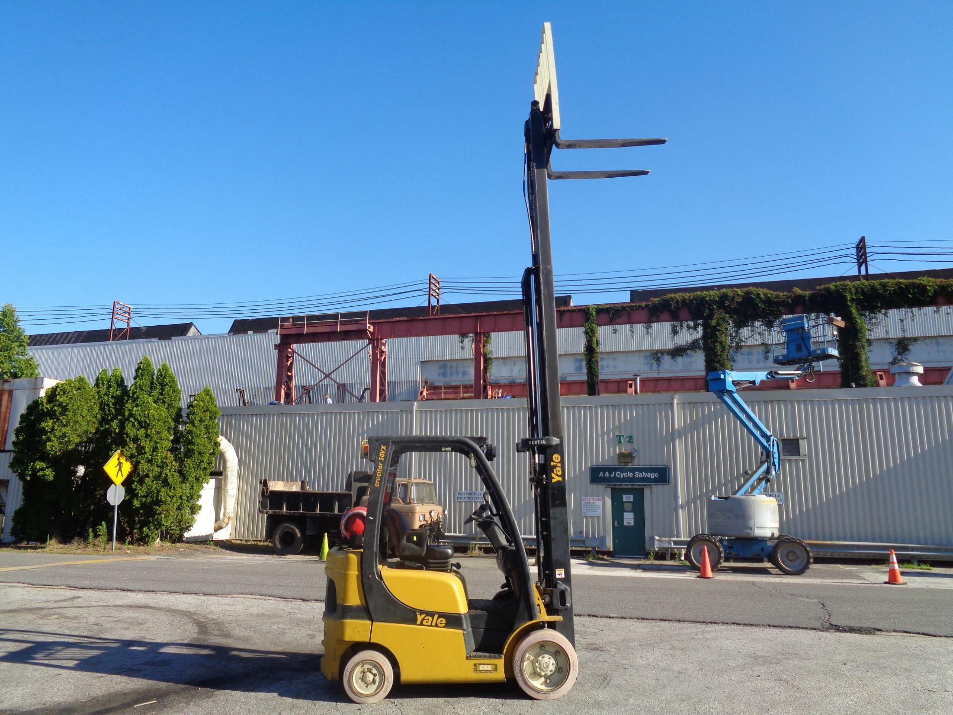 2014 Yale GLC050VXNVRE088 5,000 lb Forklift - Image 6 of 11