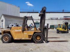 Caterpillar V330B 33,000lb Forklift