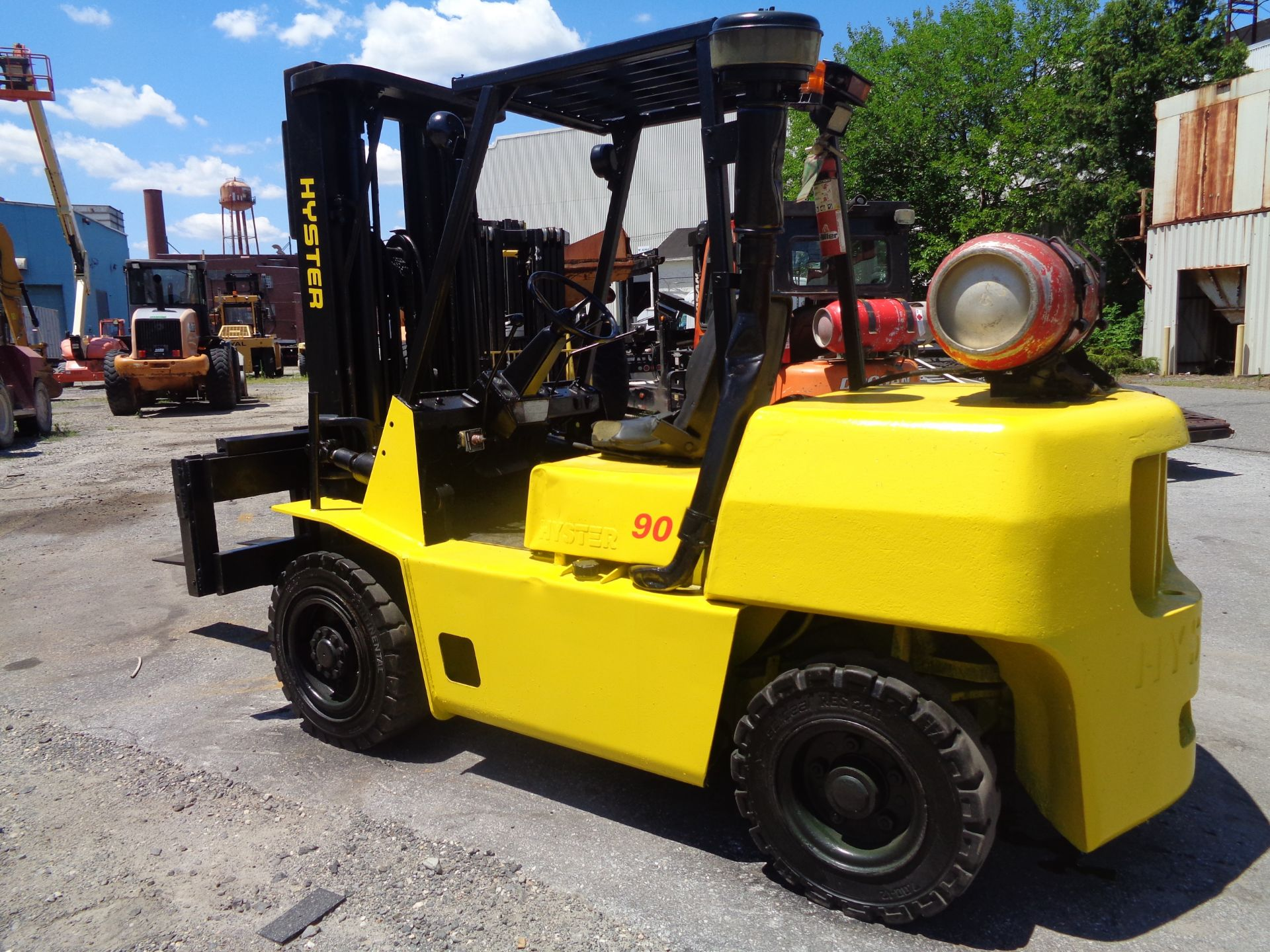 Hyster H90XLS Forklift 9,000 lbs - Image 2 of 13