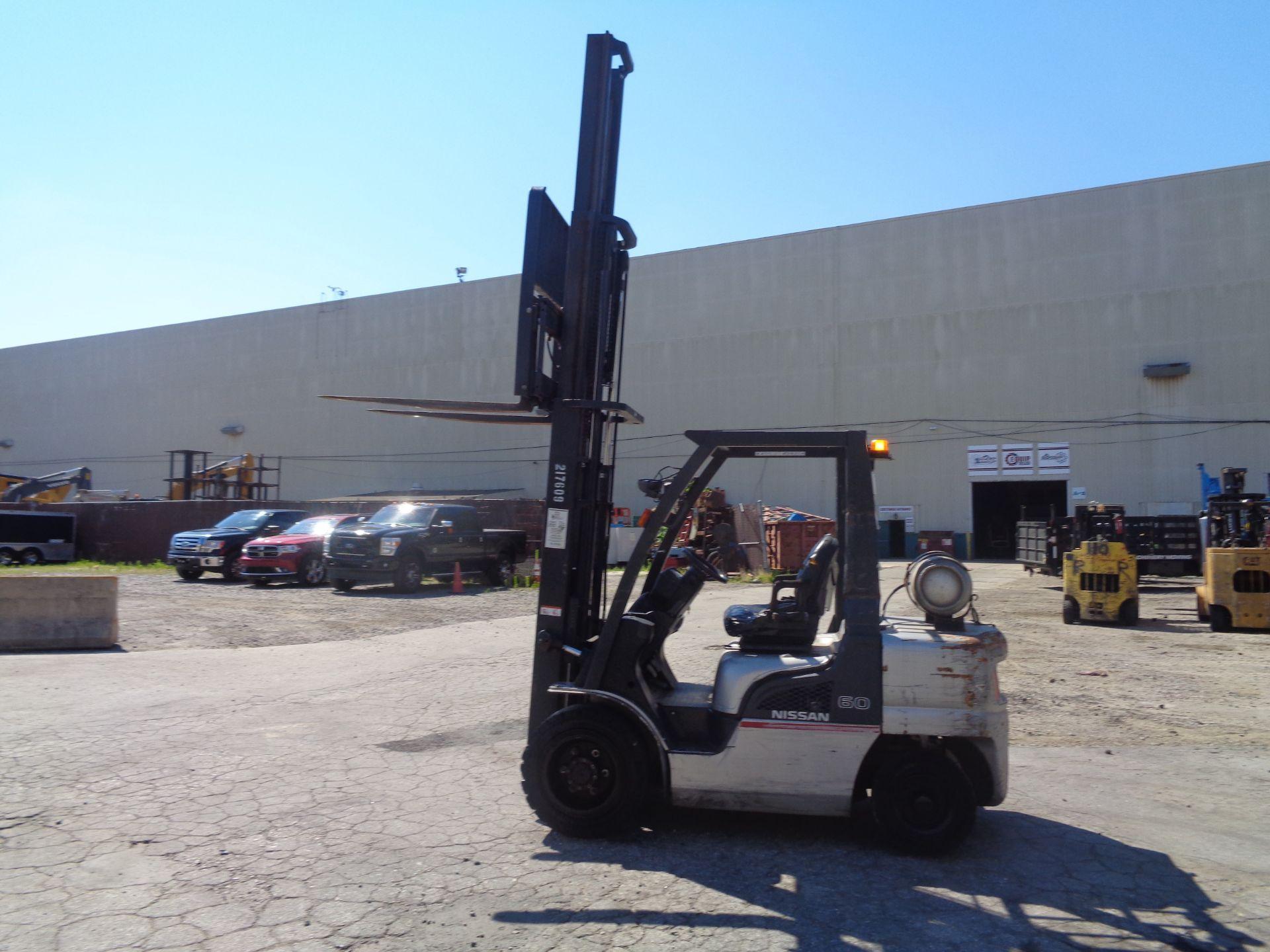 Nissan MUG1F2A30LV 6,000 lbs Forklift - Image 9 of 9